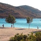 Agios Loukas islet and Kolona beach are only half an hour away from Merichas